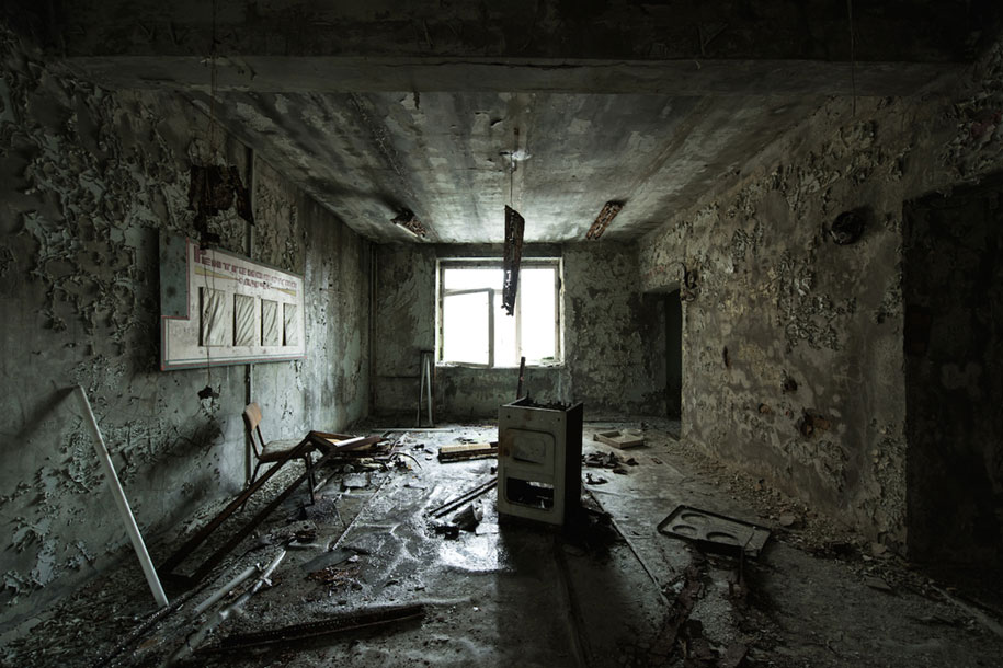A Post Apocalyptic World In Photos Taken Today