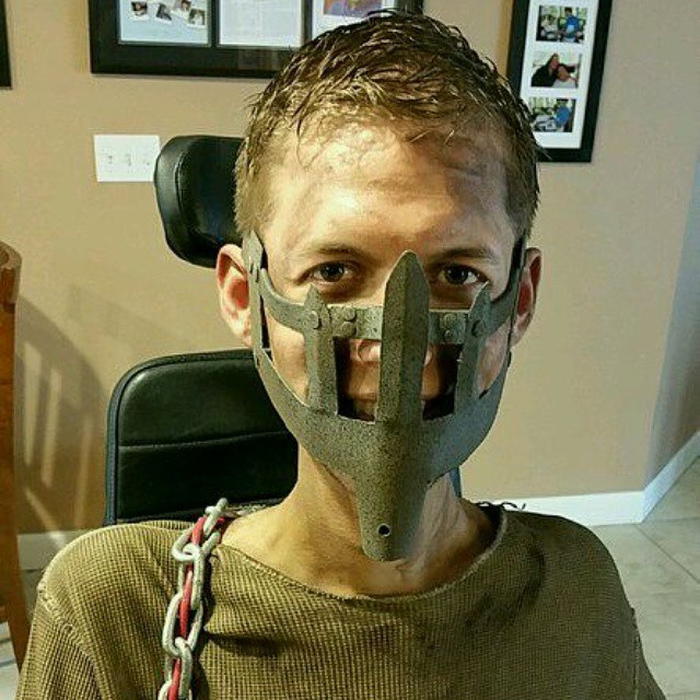 disabled-student-mad-max-fury-road-wheelchair-cosplay-ben-carpenter-4