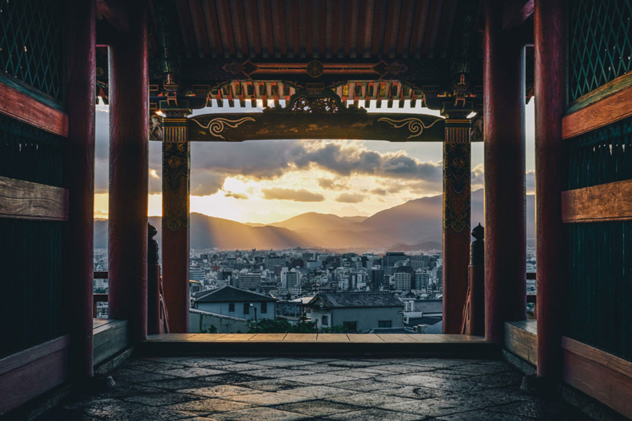 everyday-magic-street-photos-kyoto-takashi-yasui-japan-8