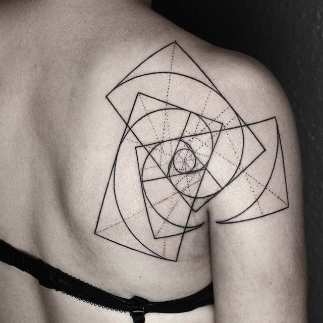 line-dot-black-white-animal-geometric-tattoos-okan-uckun-turkey-12