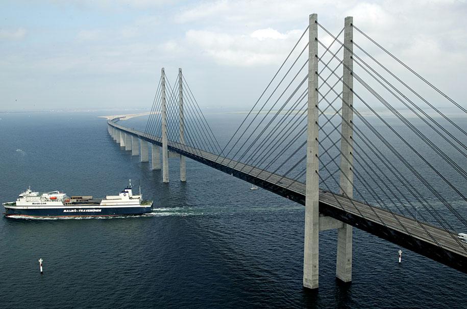 tunnel-bridge-artificial-island-oresund-link-sweden-denmark-55