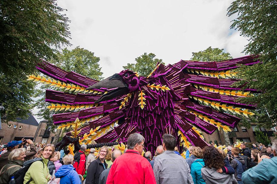 van-gogh-inspired-dahlia-bloom-parade-floads-bloemencorso-zundert-netherlands-12