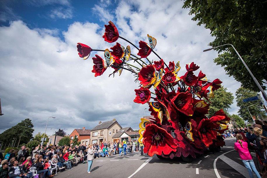van-gogh-inspired-dahlia-bloom-parade-floads-bloemencorso-zundert-netherlands-2