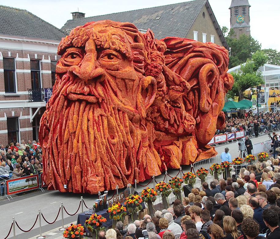 van-gogh-inspired-dahlia-bloom-parade-floads-bloemencorso-zundert-netherlands-8