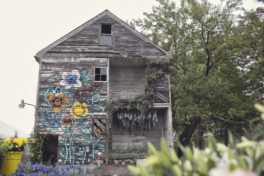 abandoned-house-transformed-flower-house-lisa-waud-heather-saunders-8