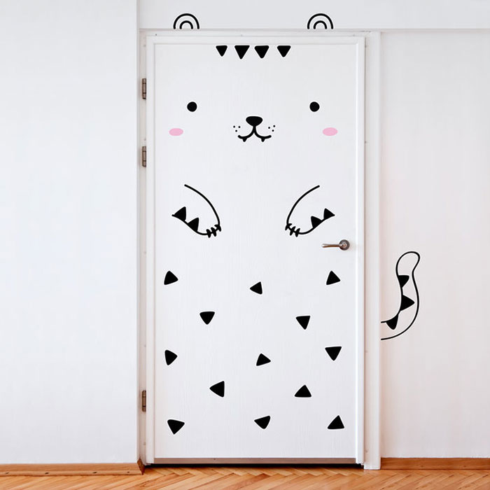 animal-door-stickers-made-sundays-8