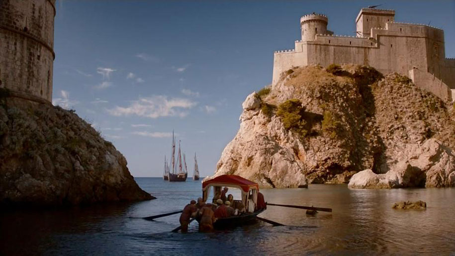 fan-visit-real-life-game-of-thrones-filming-locations-asta-skujyte-razmiene-16
