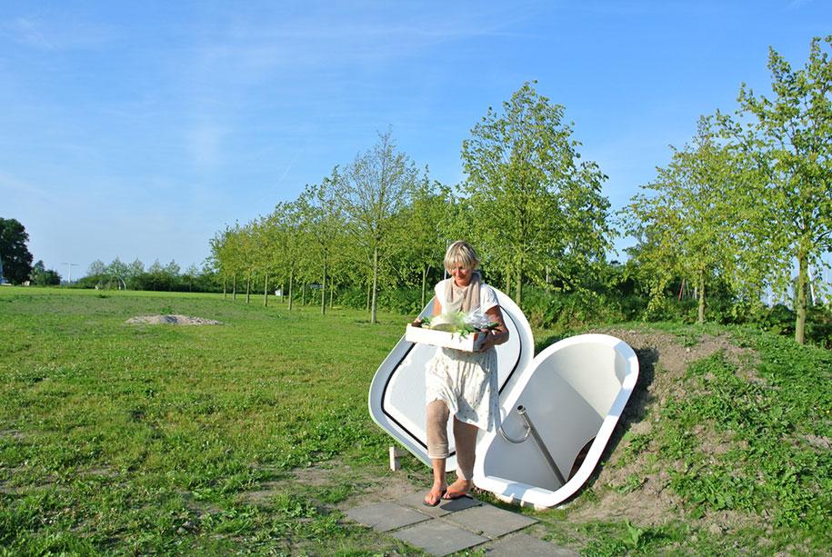 Dutch Designer Makes Ground Fridge That Doesnt Use