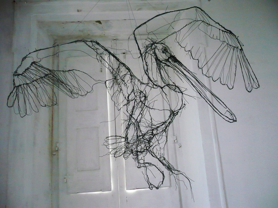 sketchbook-scribble-wire-animal-sculpture-statues-david-oliveira-portugal-6