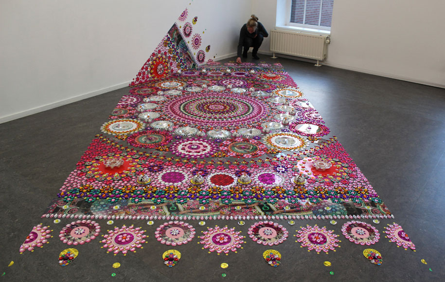 thousand-pieces-kaleidoscopic-installations-suzan-drummen-netherlands-4
