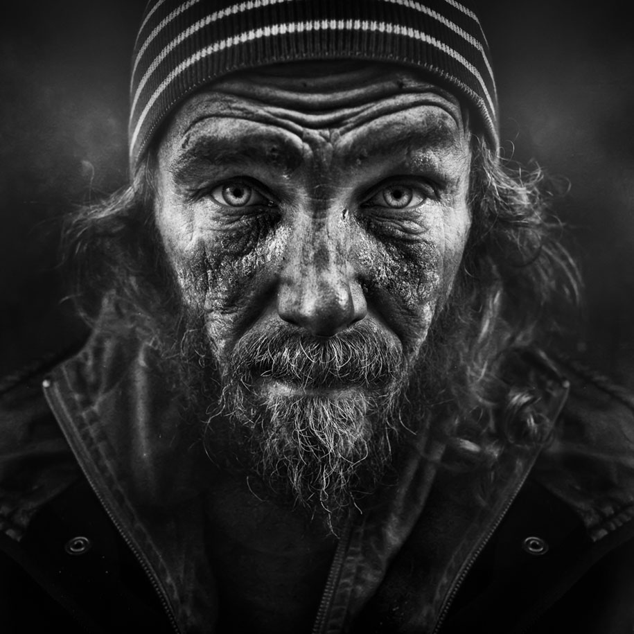 black-white-homeless-portraits-lee-jeffries-10