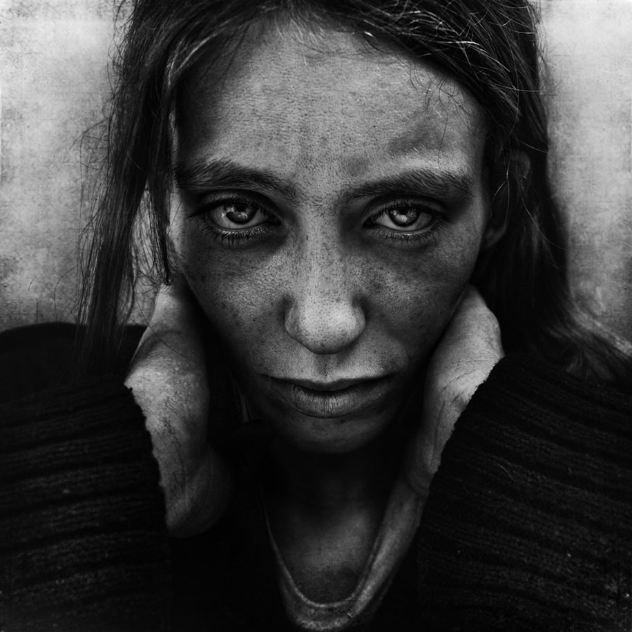 portraits homeless lee jeffries photographer take living demilked shares magazine gripping becomes streets could he