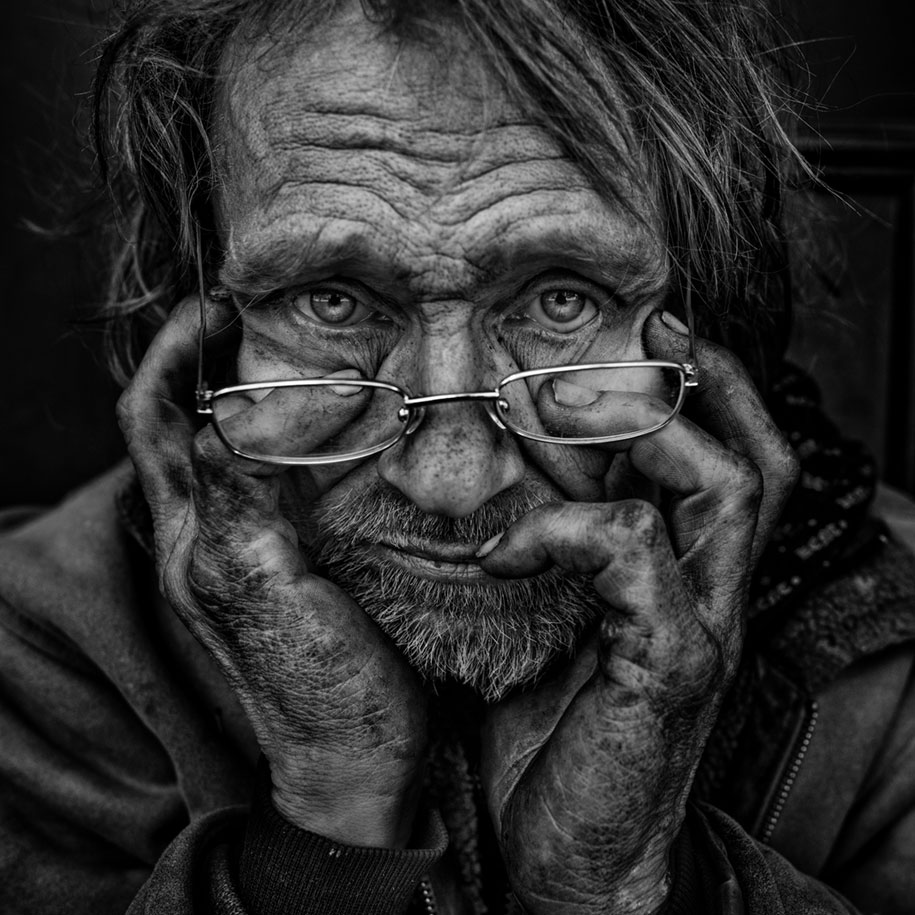 black-white-homeless-portraits-lee-jeffries-7