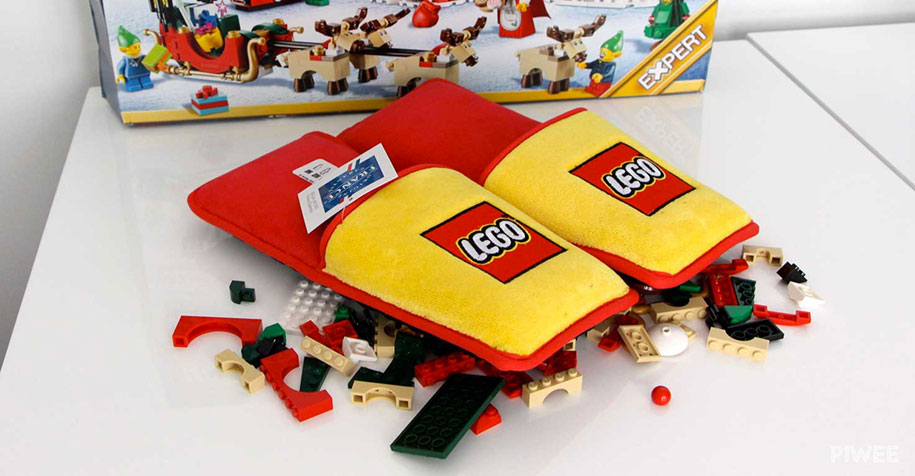 christmas-anti-lego-slippers-brand-station-france-3