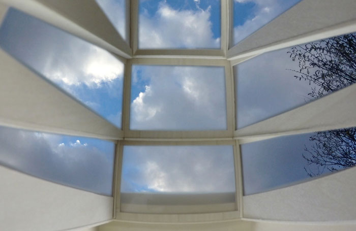 fold-out-balcony-window-more-sky-aldana-ferrer-garcia-6