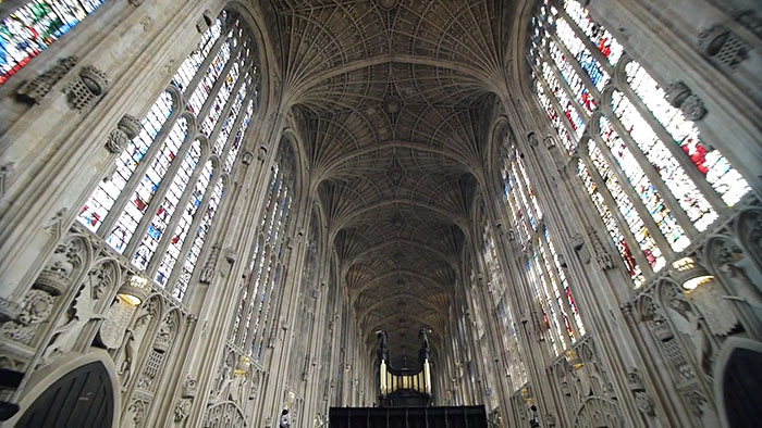 kings-college-chapel-immersive-projection-dear-world-yours-cambridge-miguel-chevalier-13