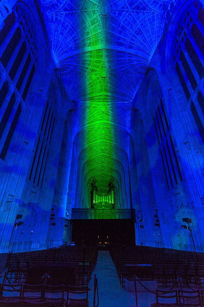 kings-college-chapel-immersive-projection-dear-world-yours-cambridge-miguel-chevalier-4