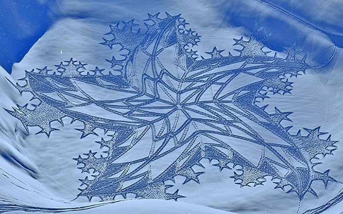 walking-snowshoes-snow-dragon-simon-beck-siberia-10