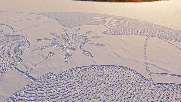 walking-snowshoes-snow-dragon-simon-beck-siberia-23