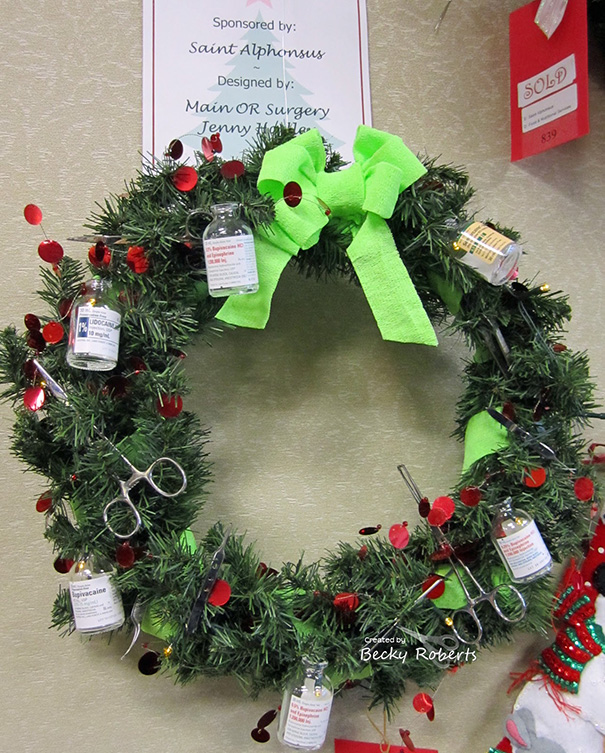 christmas-holiday-hospital-decorations-8