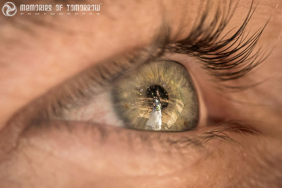eye-reflection-wedding-photography-eyescapes-peter-adams-shawn-11