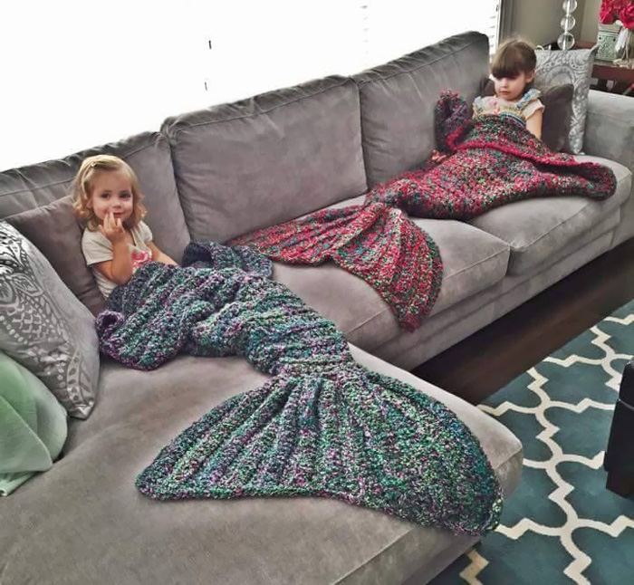 knitted-mermaid-tail-melanie-campbell-cassjamesdesigns-1