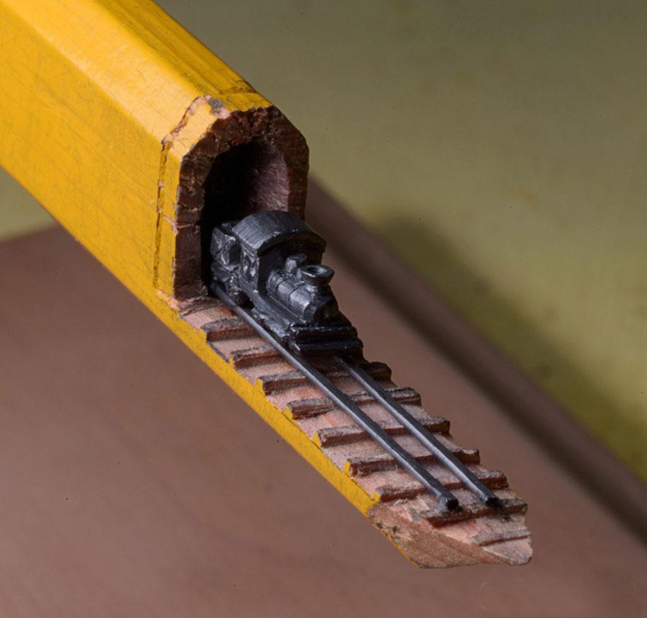 pencil-lead-carving-train-cindy-chinn-4