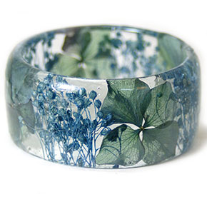 Handmade Resin Bracelets Freeze Your Favourite Flowers And Plants In Time Part 2