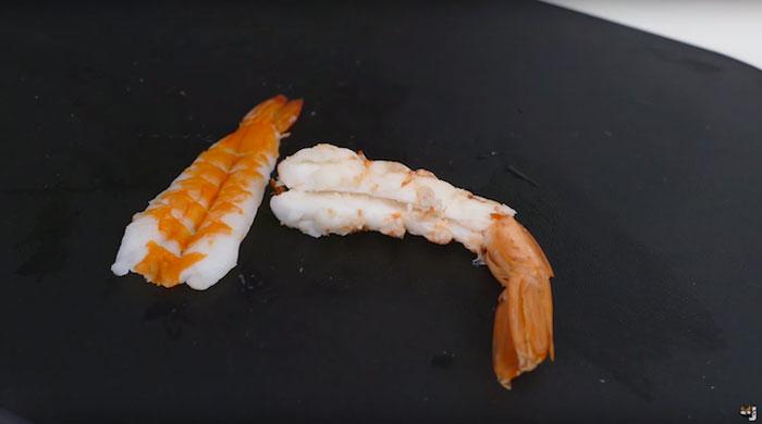 real-life-swimming-koi-sushi-tutorial-junskitchen-13