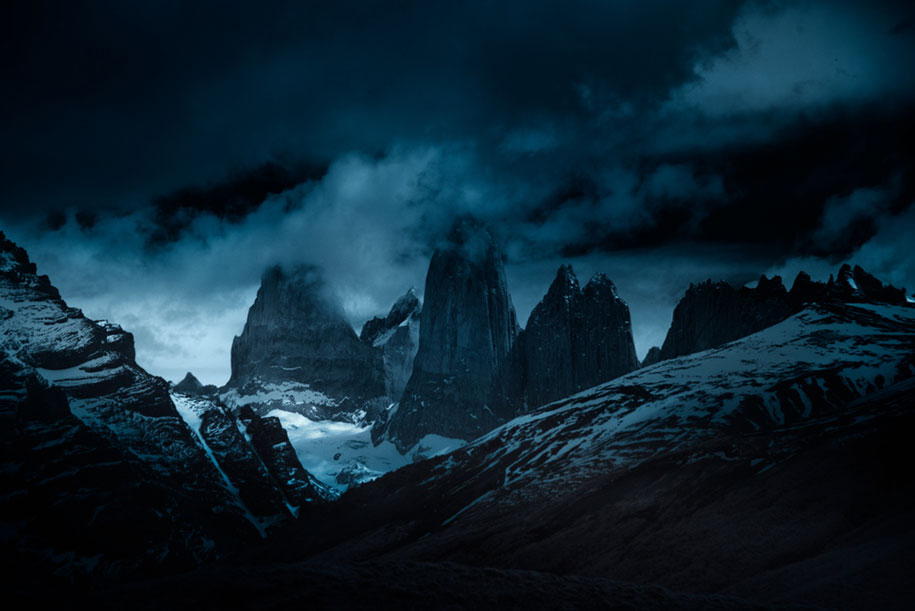 edge-world-nature-mountains-grasslands-patagonia-andy-lee-3