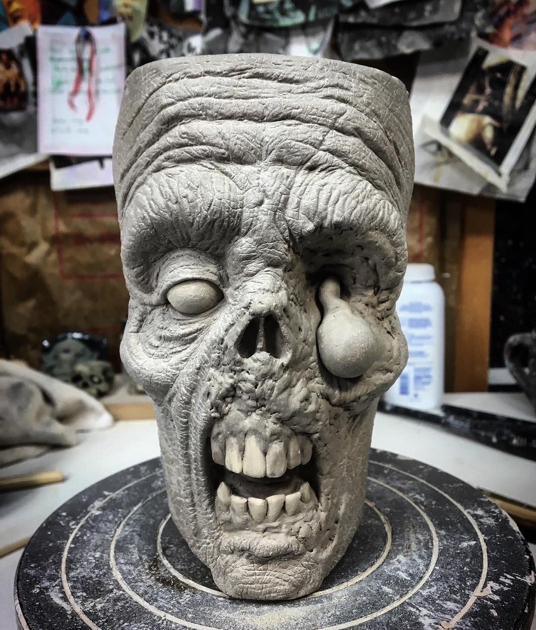 horror-zombie-mug-pottery-slow-joe-kevin-turkey-merck-20