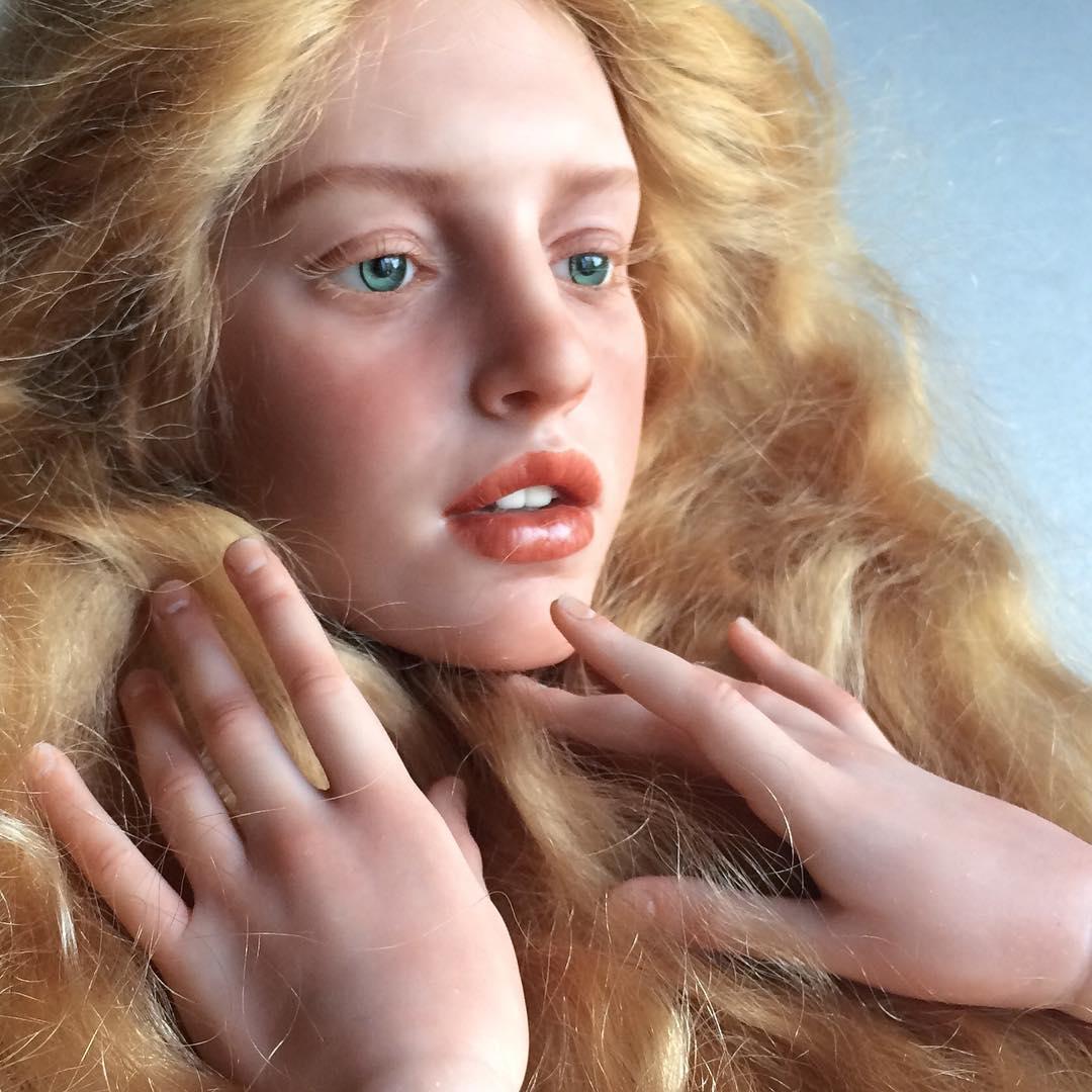 hyper-realistic-dolls-michael-zajkov-16