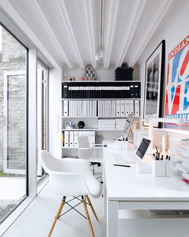 Minimalist Desk Workplace Minimal Setups 2