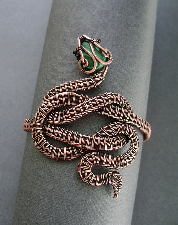 Wire Wrapped Jewelry : Self taught russian artist makes amazing wire wrap jewelry