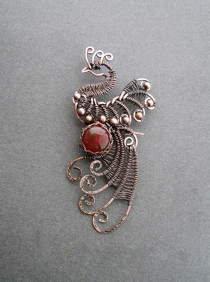 Self Taught Russian Artist Makes Amazing Wire Wrap Jewelry
