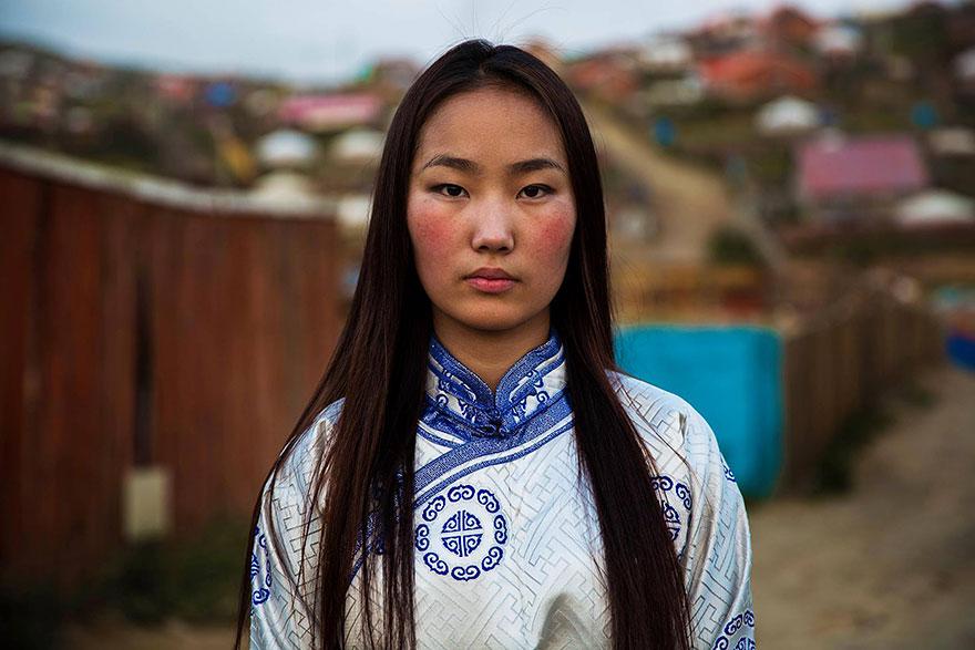 women-photos-world-atlas-beauty-mihaela-noroc-2
