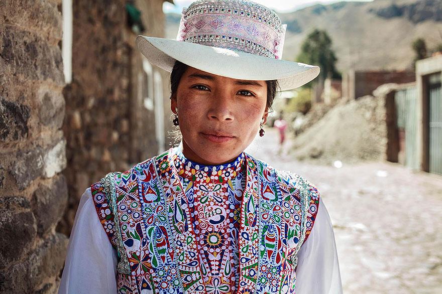 women-photos-world-atlas-beauty-mihaela-noroc-20