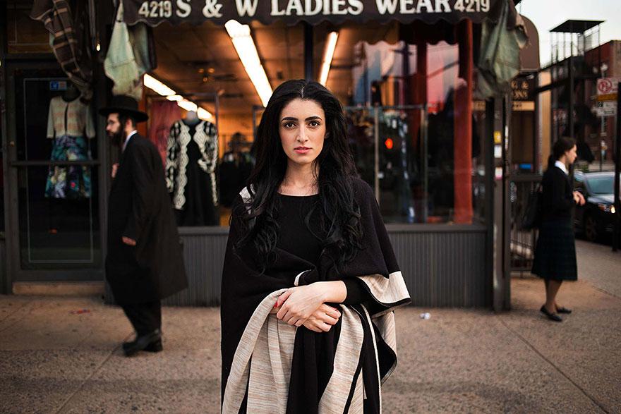 women-photos-world-atlas-beauty-mihaela-noroc-27