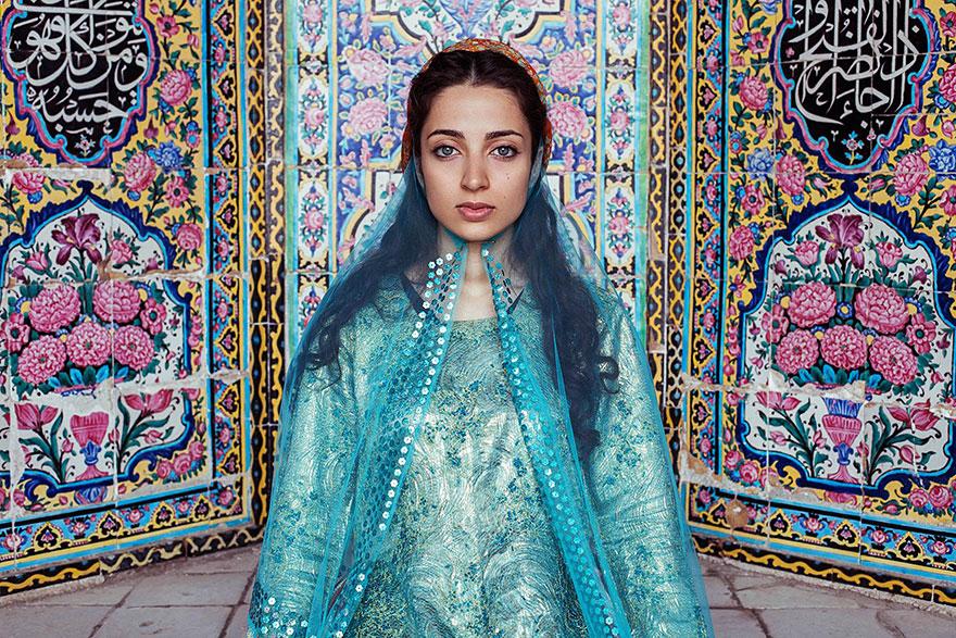 women-photos-world-atlas-beauty-mihaela-noroc-32