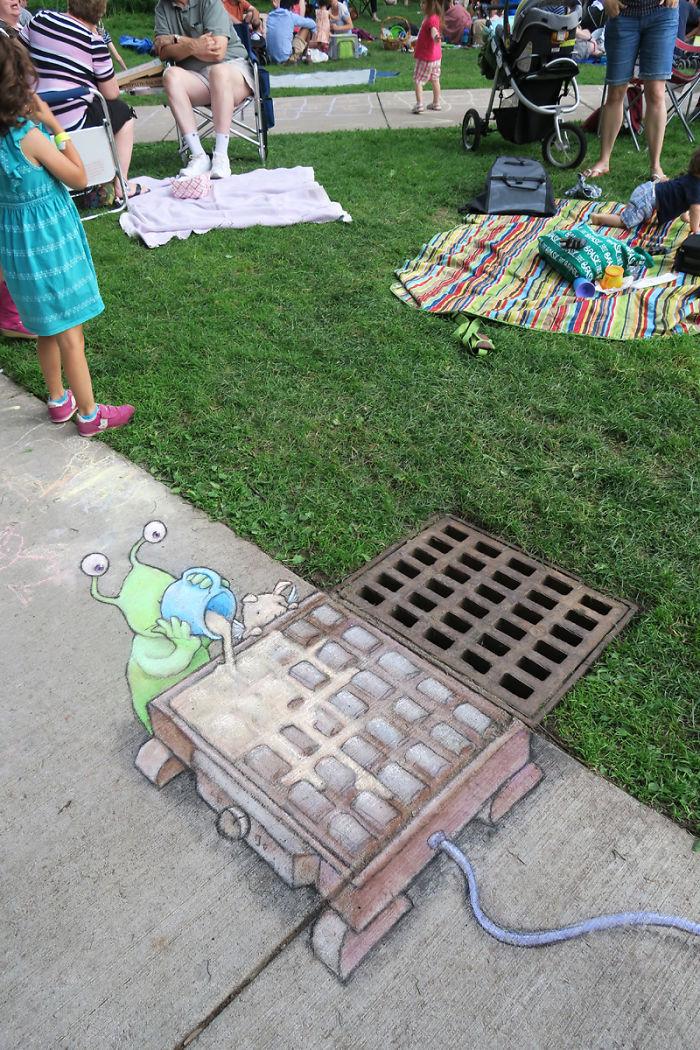 adorable-chalk-drawn-creatures-sidewalk-david-zinn-7
