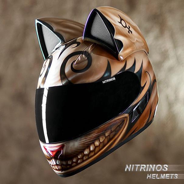 cat-ear-helmets-motorcycle-neko-nitrinos-motostudio-1