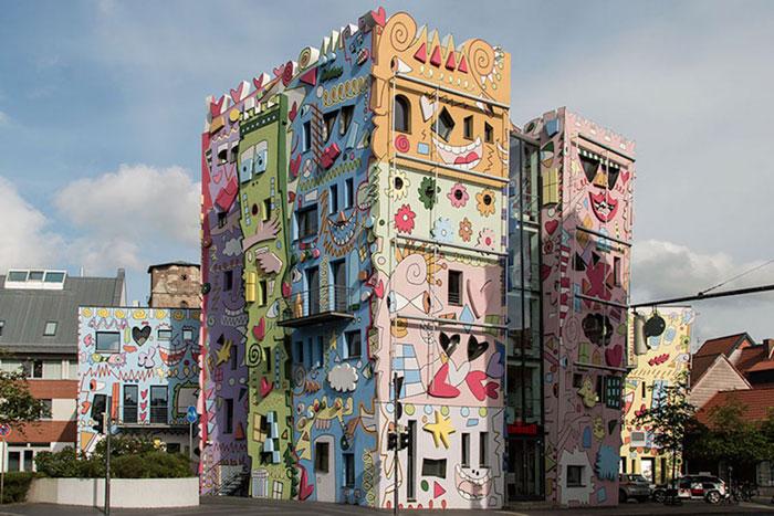renkli-psychedelic-karikatür-binalar-james-rizzi-almanya-1-2
