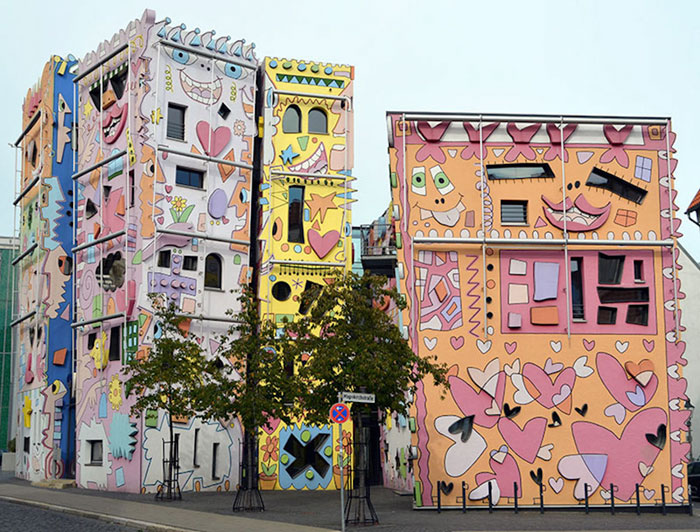 colorful-psychedelic-cartoon-buildings-james-rizzi-germany-3-2