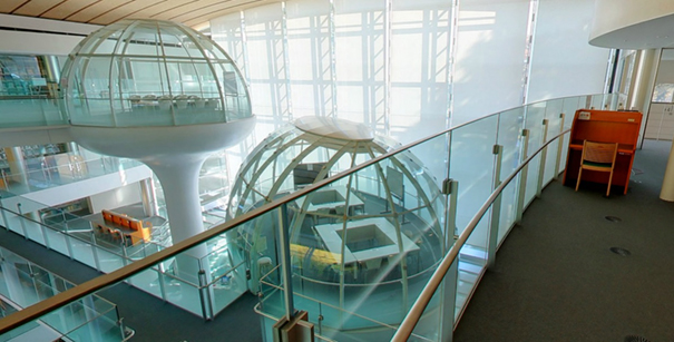 glass-class-futuristic-library-seikei-university-tokyo-1