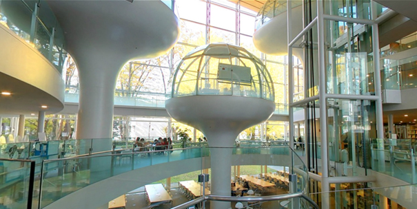 glass-class-futuristic-library-seikei-university-tokyo-13