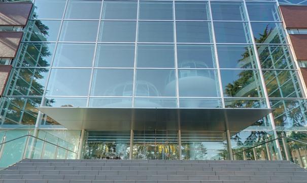 glass-class-futuristic-library-seikei-university-tokyo-5
