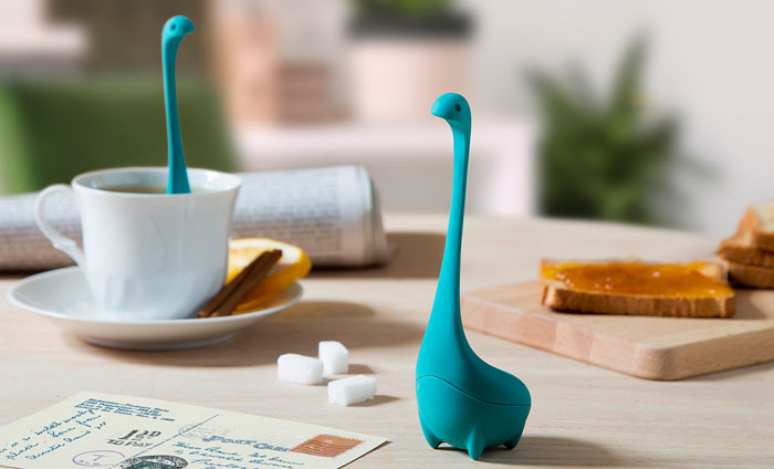 loch-ness-monster-baby-nessie-tea-infuser-ototo-design-1