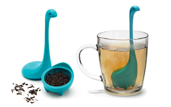 loch-ness-monster-baby-nessie-tea-infuser-ototo-design-2