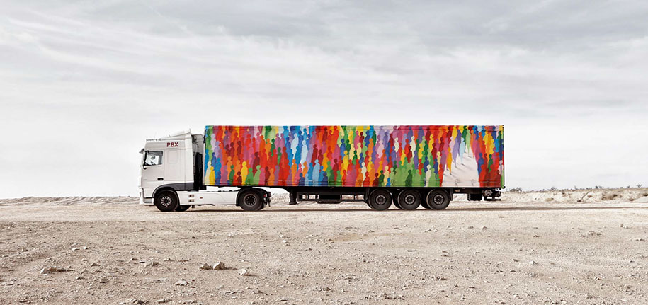 moving-graffiti-trucks-project-spain-16