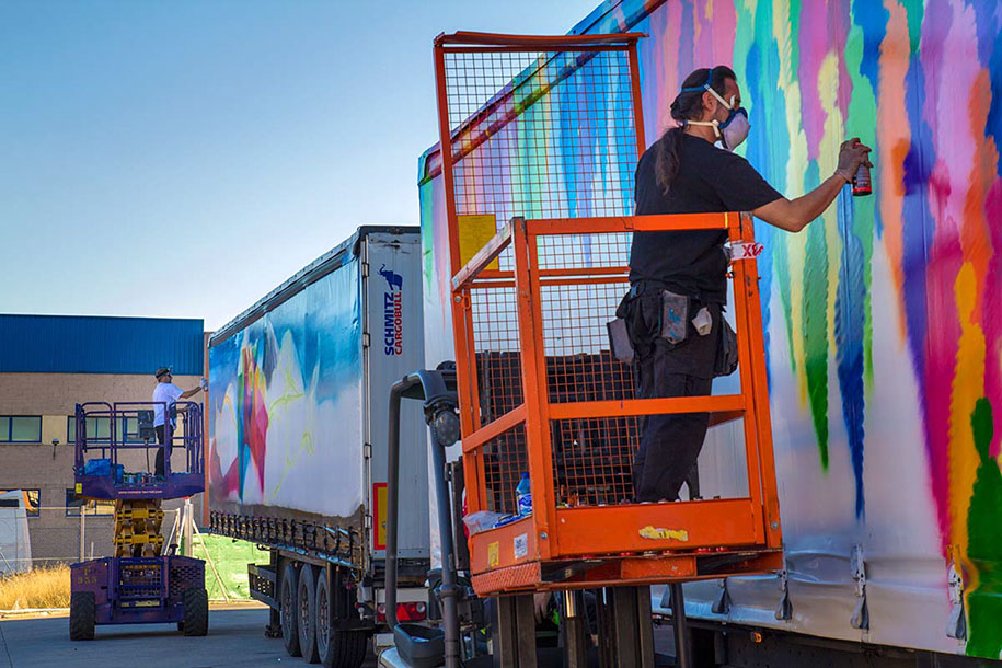 moving-graffiti-trucks-project-spain-21